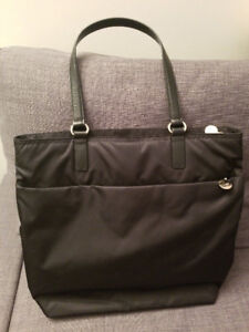 Lo and Sons TT Tote Bag