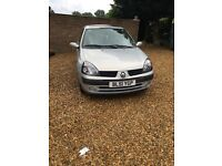 RENAULT CLIO EXPRESSION 1.2 LONG MOT NO ADVISORIES SERVICE HISTORY