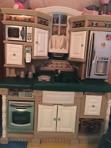 Kitchen Playhouse