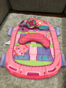 Baby Play Mat & Tummy Time-Bright Starts. Great condition!!