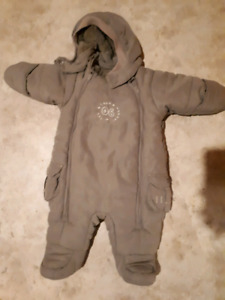 Winter suit  1-2 months