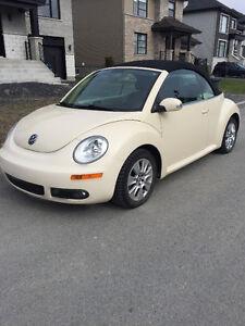 11 000$$$  2010 Volkswagen Beetle Cabriolet bas kilométrage
