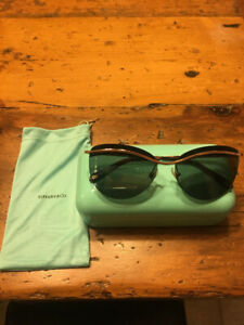 839dceaea447 Tiffany   Co. Sunglasses For Sale ...