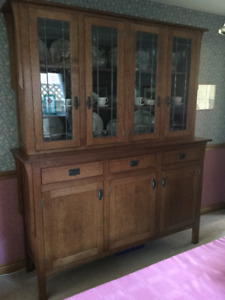 China Cabinet & Buffet
