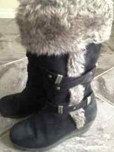 2 pairs of Kenneth Cole girls fancy boots London Ontario image 1