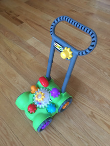Little Tikes Giggly Gears Move 'N' Mow