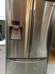 Samsung Stainless Steel Frig  and Stove Kingston Kingston Area image 1