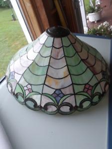 Grand abat-jour vitrail style Tiffany - 12 panneaux