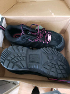 Safety shoes/ work shoes