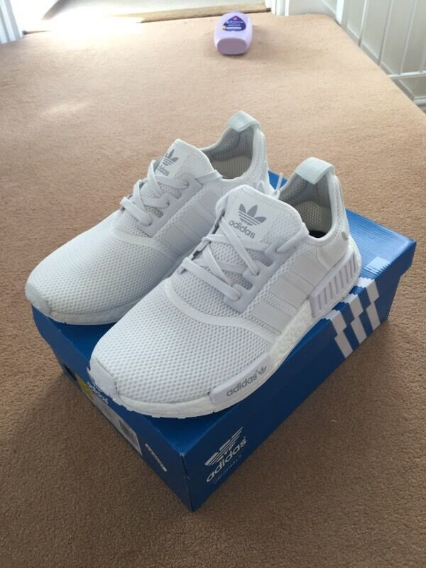 xdhact Adidas NMD triple white size 9 uk brand new in box 100% authentic