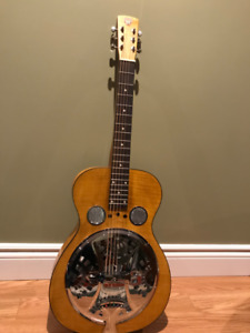 "DOBRO  ( GIBSON )  Etat ""Collector"""