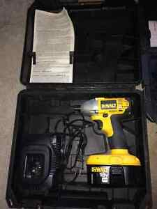 Ensemble d'outils dewalt et black and decker West Island Greater Montréal image 2