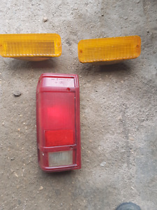 Ford ranger signal lamps n LR tail lamp