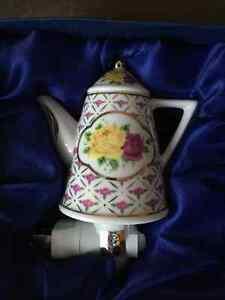 NEW: Sorelle Teapot Night Light