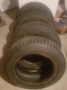 Toyo Observe P215 65 R16 Winter Tires, Nearly New