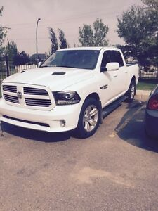 2013 dodge1500 sport!!!! Fully loaded to the nines!