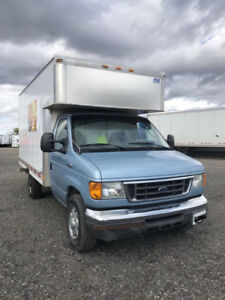 FORD E 350 CUBE VAN FOR SALE
