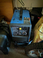Welder . Used twice . excellent condition