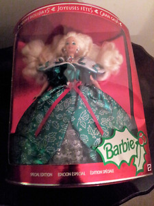 Barbie  Doll, 2004, Holiday Special Edition #B5848