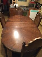 Large dining table for 6