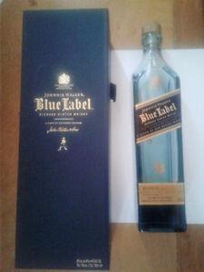 JOHNNIE WALKER BLUE LABEL Scotch GIFT BOX w/ Empty BOTTL