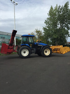 2002 New Holland TV140 Versatile