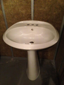 Washroom Pedestal Sink