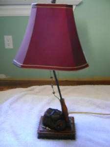FLY FISHING TABLE LAMP