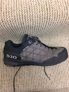 5.10 Guide Tennies - size 10