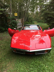 72 corvette convertible in very good shape