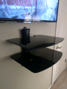 DVD DOUBLE TEMPERED GLASS SHELD USED