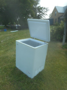 Small Deep Freezer for Sale (Parkhill)