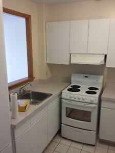 Very CLEAN and BRIGHT apartment for rent West Island Greater Montréal image 5