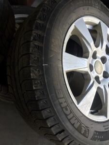 2014-2015 JEEP GRAND CHEROKEE WINTER TIRES XENON LEDs and more