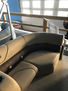 Bench Seats for Pontoon Boat