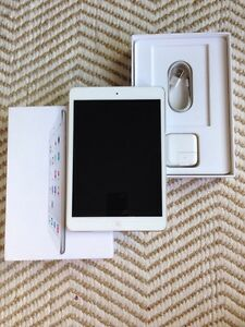 iPad mini 2 16GB - Like New