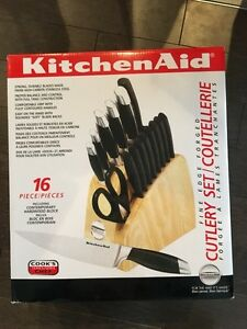 Cutlery Set / Coutellerie KitchenAid