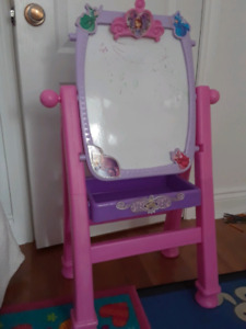 Sofia the First easel mirror/white board