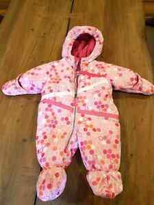 Baby girl. 0-9 months old snow suit