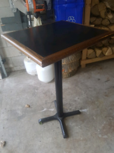 bar room table