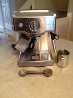 Breville - Machine Espresso Machine - BES250XL