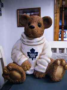 12'' TORONTO MAPLE LEAFS LARGE BEAR GREAT CONDITION