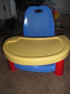 Chaises haute et banc d'appoint