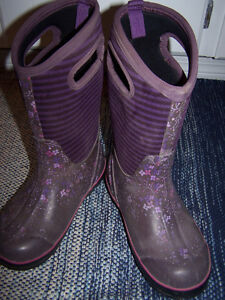 Girl's Size 3 Bogs Winter Boots