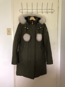 Authentic Moose Knuckle Stirling Parka (Olive w/ White Fox Fur)