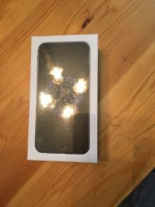 Brand New Sealed iphone 6 16gb