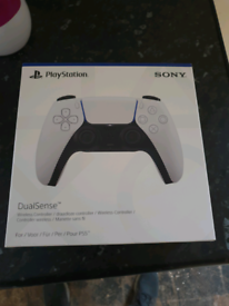 Ps5 duel sense controller, sealed