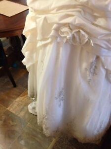 Gorgeous Private Label by G 1383 wedding dress London Ontario image 6