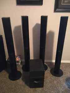 Pioneer home stereo speakers with Subwoofer