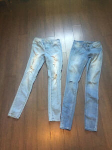 2 PAIRS OF BLUE NOTES  DISTRESSED JEANS size 26  $10